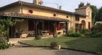 Fermette, corps de ferme – 205 m², dépendances, bergerie – Caussade – ref 1353