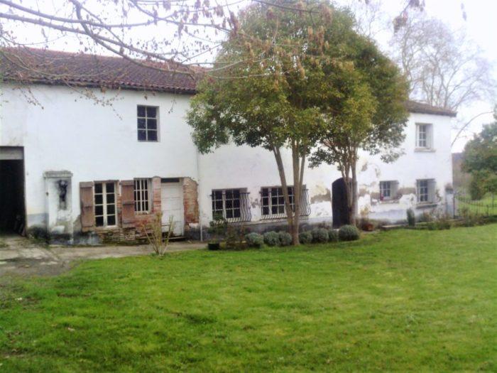 Belle maison atypique sur propri t de 4 hectare lafitte for Vente de maison atypique