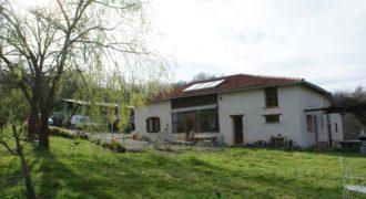 MIRABEL :Fermette rénovée entre Montauban et Caussade 4 ha dépendance isolée