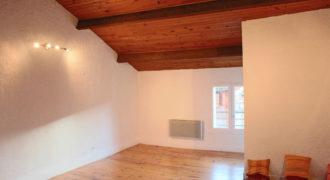 Petit immeuble de trois appartements-centre ville-Caussade-Ref 1263-