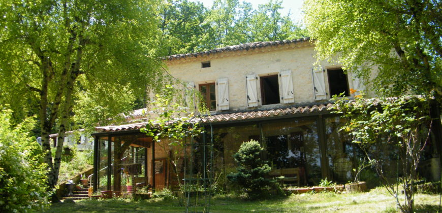 Charmante maison en pierre – proche de Lauzerte – REF 1440